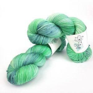 Diamond Isle by Fiber Lily hand dyed yarn Australia aqua blue luminance tonal colourway 3