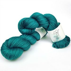 tide hand dyed yarn by Fiber Lily hand dyed yarn Australia teal coloured wool for knitting and crochet 1