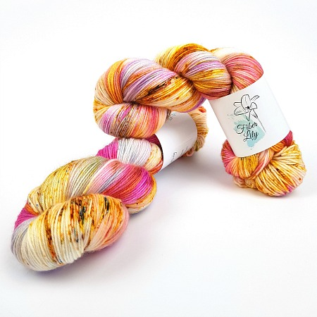 Am I only dreaming hand dyed yarn by Fiber Lily Australia pink purple yellow orange blue speckled wool