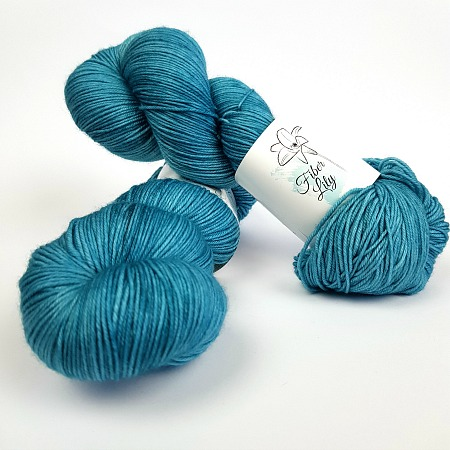 Drift tonal blue hand dyed yarn by Fiber Lily Australia