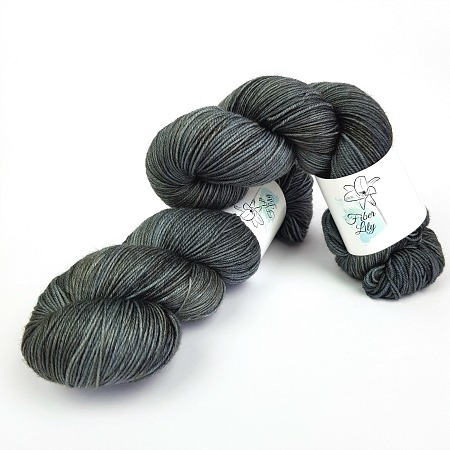 Slate hand dyed yarn by Fiber Lily Australia gun metal grey semi solid tonal colourway