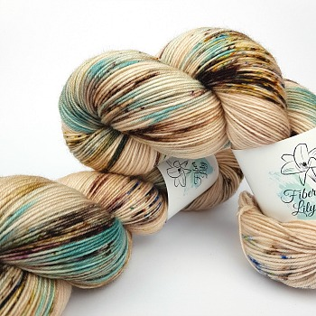 Peppermint Latte vII hand dyed yarn by Fiber Lily Australia neutral speckles with a hint of greeny blue2